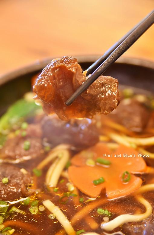 金門旅遊景點美食小吃伴手禮良金牛肉麵乾30