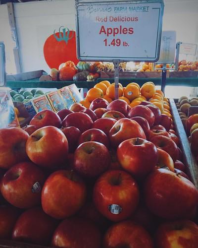Red Delicious Apples.... #Apples #fruit #farm #farmers #farmersofamerica #farming #farmersmarket #oranges #oranges #Alabama
