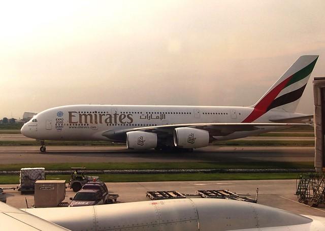 Emirates A380 - naniyuutorimannen - 您说什么!