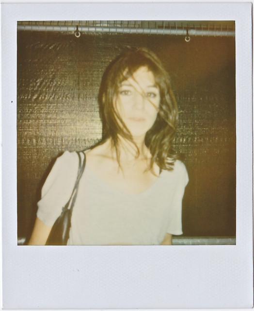 charlottegainsbourg_polaroid