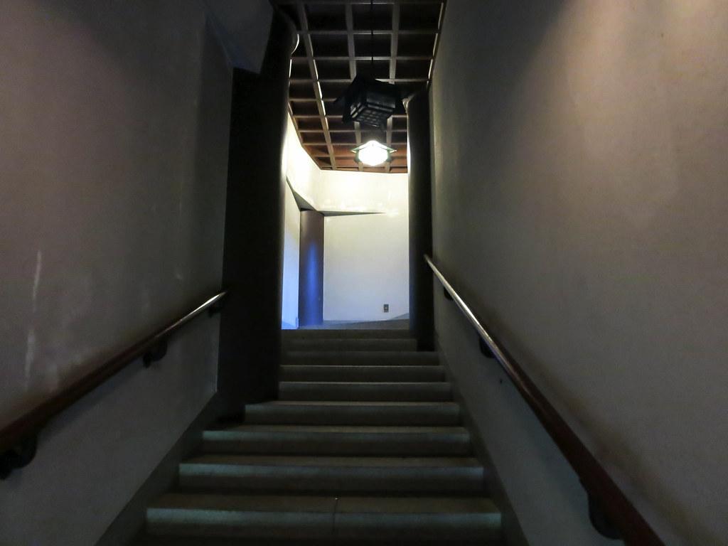 階段を使って五重塔の最上階へ