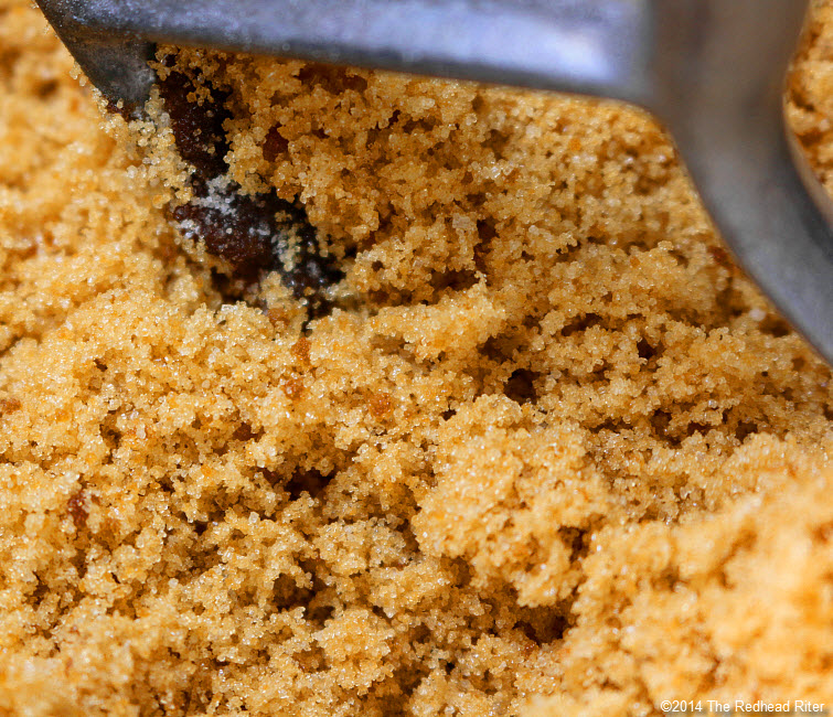 8 soft and fluffy homemade brown sugar - How To Make Light And Dark Brown Sugar