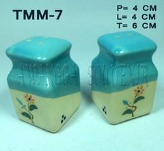TM Kotak Leher
