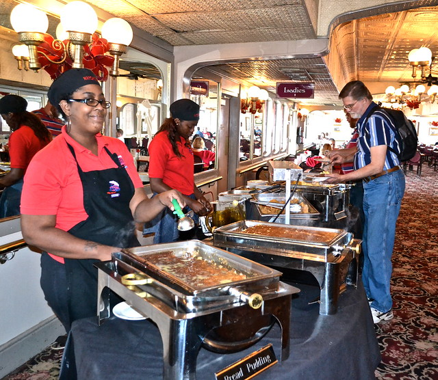 steamboat natchez - lunch buffet