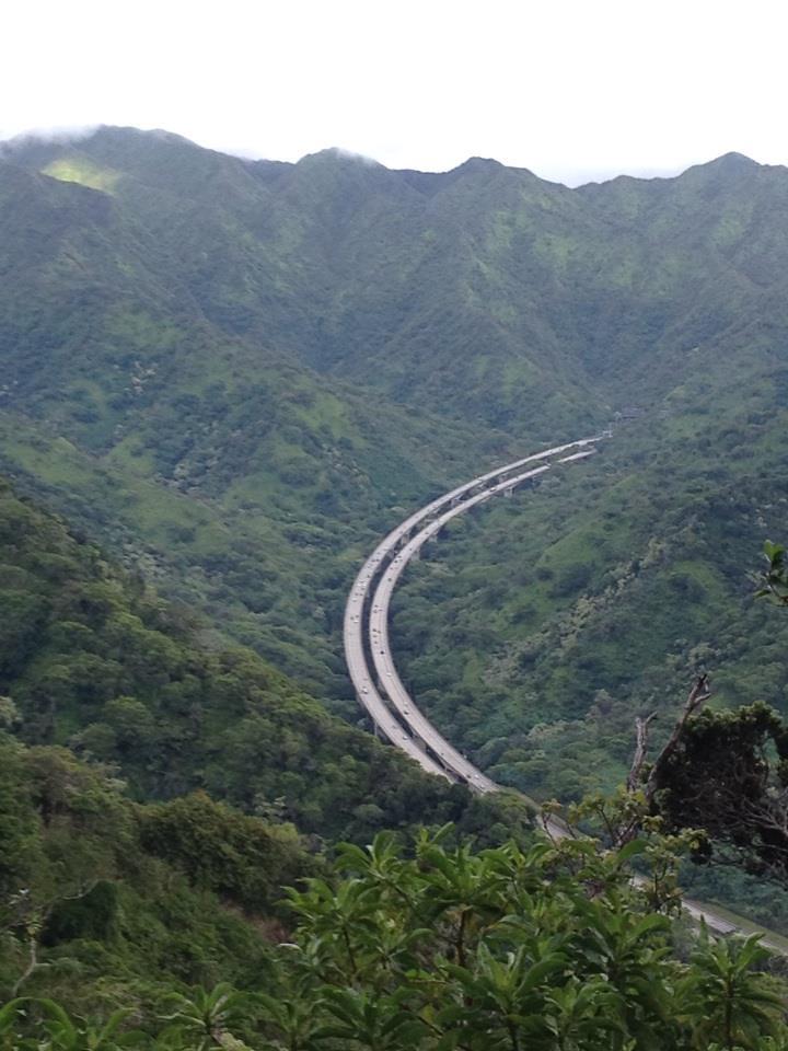 Aiea Loop Trail highway 2