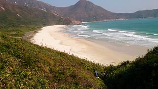 201501 HK100 砂浜を走る