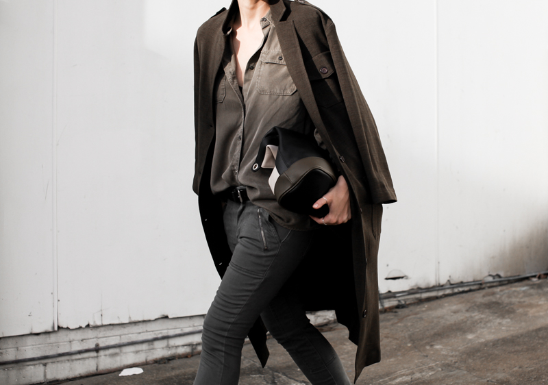 MODERN LEGACY fashion blog street style Westfield Witchery khaki trend military coat jacket trio clutch (1 of 1)
