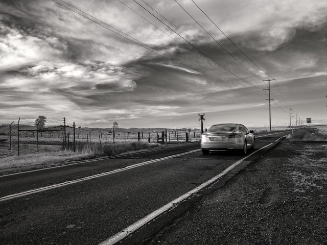 2015-02-26 Tesla crossing