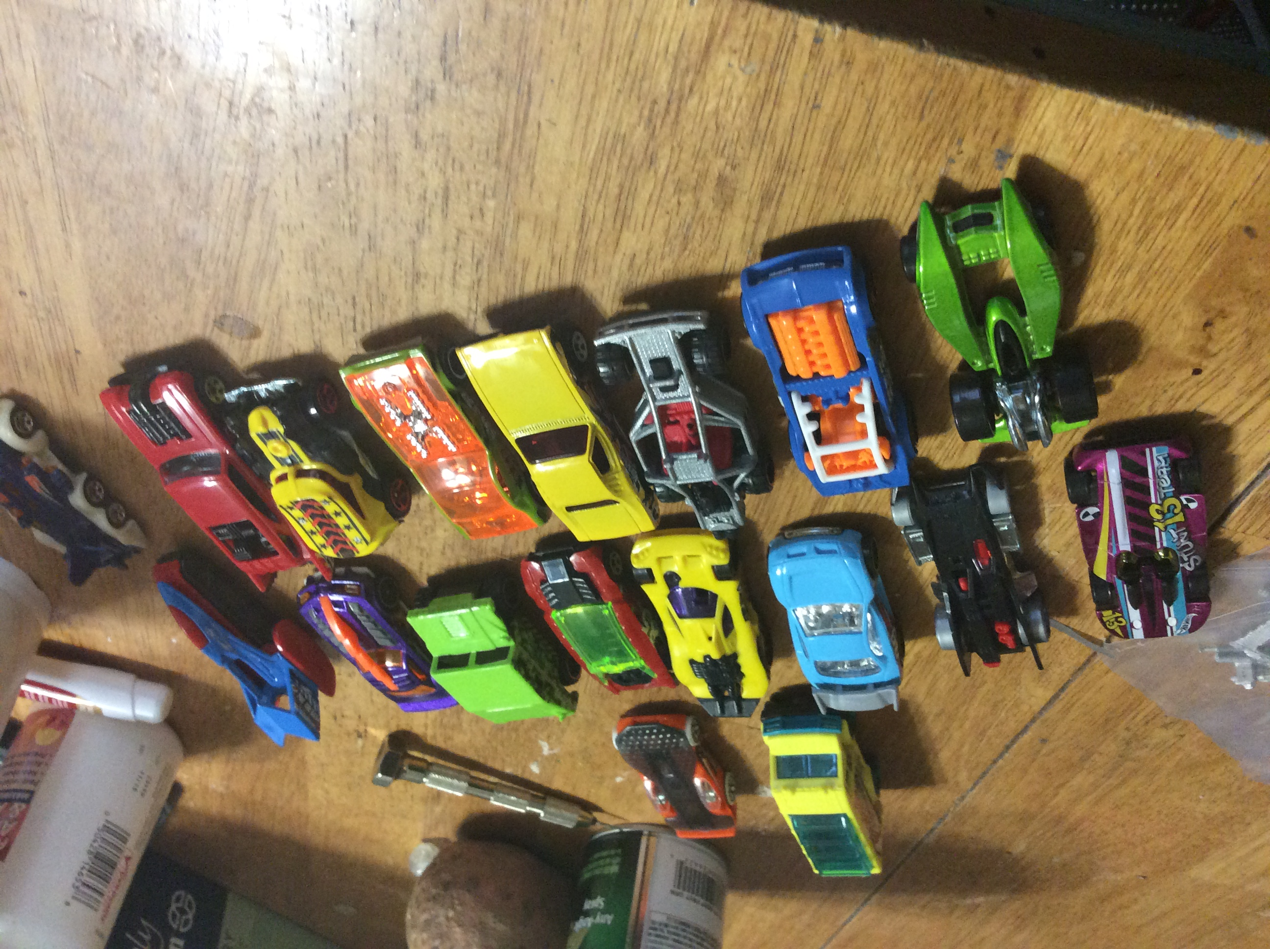 White line fever car conversions preamble third point of click to see closeup pre conversion cars all from a discount store all sold in packs of five for four dollars and some change first challenge is to get fandeluxe Ebook collections