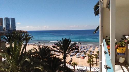 Fabulosas vistas al mar de la playa de levante. Solicite más información a su inmobiliaria de confianza en Benidorm  www.inmobiliariabenidorm.com