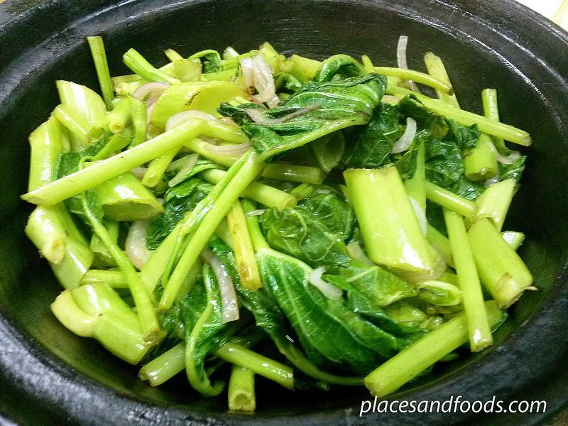 sek me choy organic vegetable in claypot