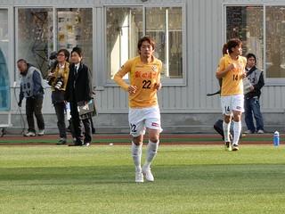自らのポジションに向かう和田拓也選手