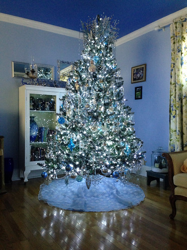 blue and silver christmas tree - Silver And Blue Christmas Tree