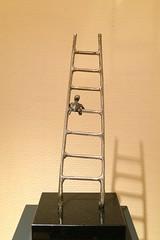 tool(0.0), ladder(1.0),