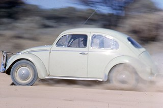 My Beetle crossing the Eyre Hwy in the bulldust