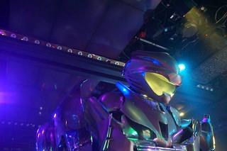 100 Robot restaurant