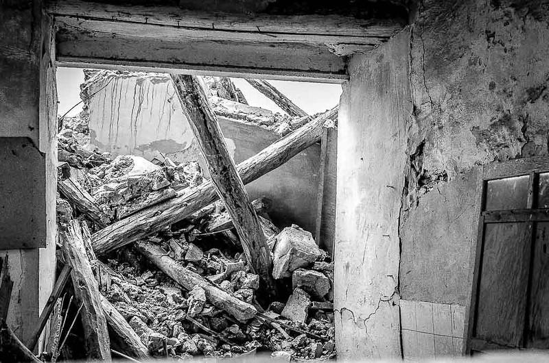 Solares y casas abandonadas-6