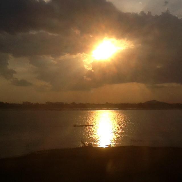 Sunset Suvanakhet - Mekong