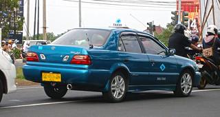 2001–2003 Toyota Soluna taxi