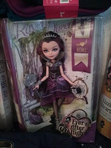 Raven Queen- Hija de la Malvada Reina de Blancanieves