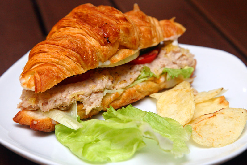 Tuna-Croissant