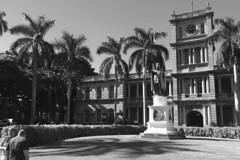 Iolani Palace - Facade