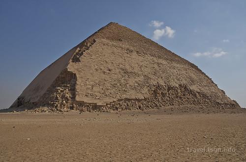 【写真】2014 世界一周 : 屈折ピラミッド、赤ピラミッド/2021-01-07/PICT7049