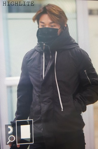 BIGBANG (wout Seungri) arrival Seoul Gimpo from Beijing 2016-01-02 (35)