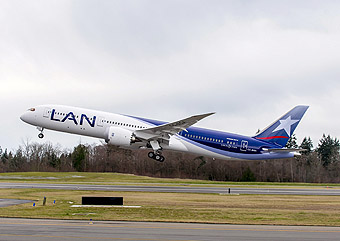 787-9 ILF_LAN #259-ZB224 Takeoff In Everett