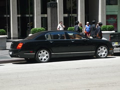 bentley arnage(0.0), supercar(0.0), automobile(1.0), automotive exterior(1.0), wheel(1.0), vehicle(1.0), automotive design(1.0), bentley continental flying spur(1.0), sedan(1.0), land vehicle(1.0), luxury vehicle(1.0), bentley(1.0),