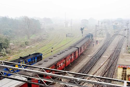 station diesel railway mg passenger guage metre ner gonda izn mailani ydm4