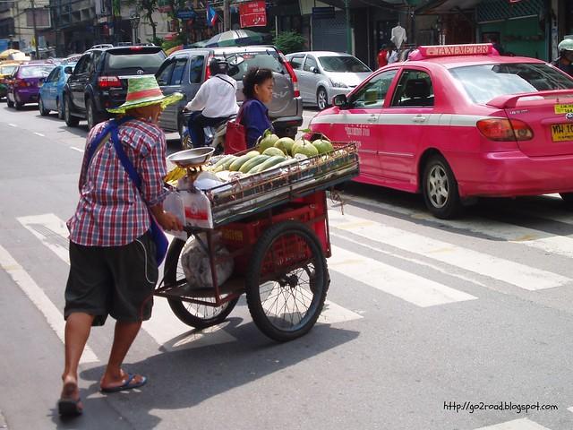 В Бангкоке много еды