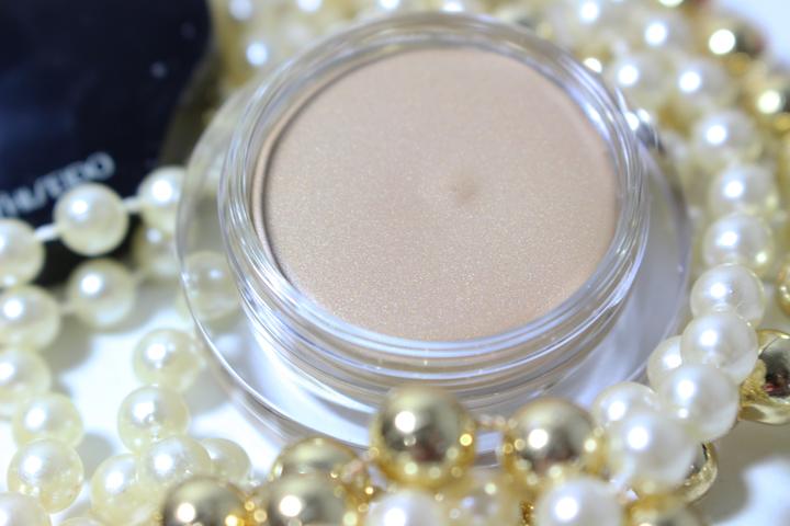 shimmering-cream-eye-shadow-shiseido-010