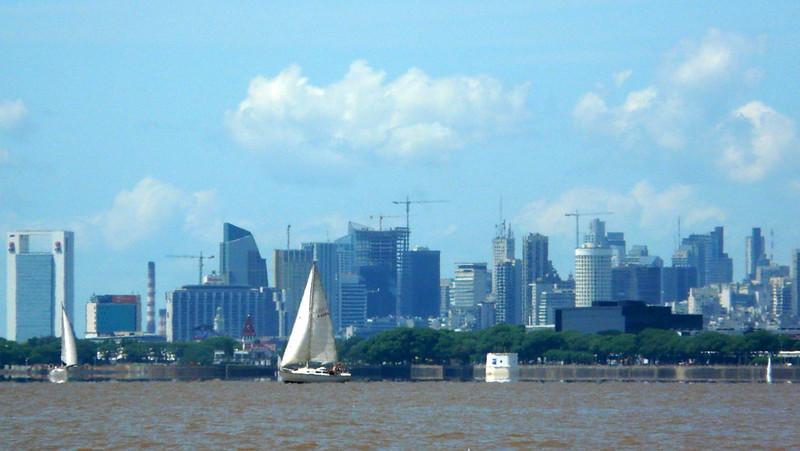 Les grues et les tours du centre-ville