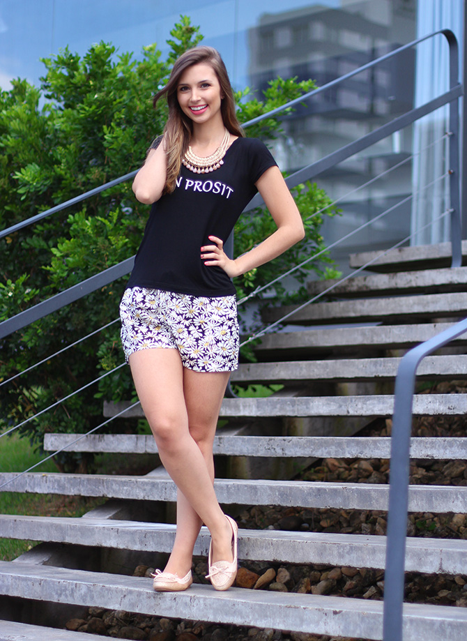 4-look do dia shorts margarida e sapatilha dourada belle Petite Jolie blog sempre glamour
