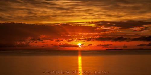 morning orange reflection clouds sunrise dawn sunrays