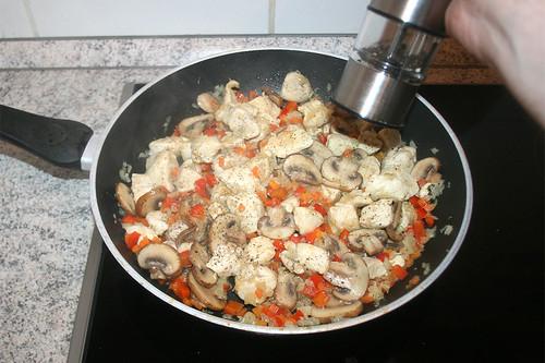47 - Mit Pfeffer & Salz abschmecken / Taste with pepper & salt