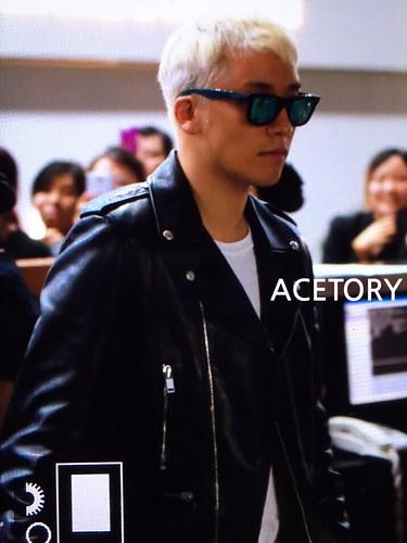 BIGBANG departure Macao to Seoul 2015-10-26 acetory