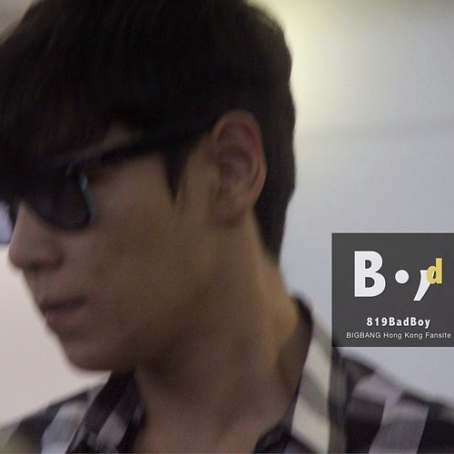 TOP-HongKongAirport-26sep2014-Fansite-819BadBoy-05
