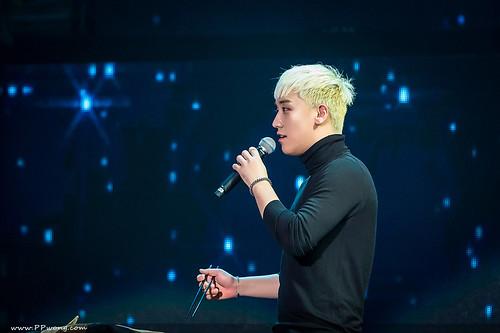 BIGBANG FM Shenzhen HQs 2016-03-13 (4)