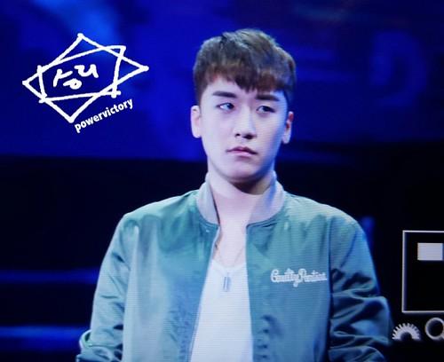 BIGBANG FM Guangzhou Day 1 2016-07-07 Seungri (3)