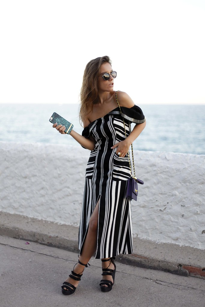 03__black_and_white_dress_chic_outfit_theguestgirl_noholita_songofstyle