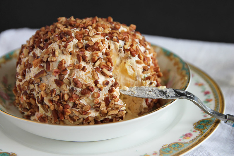 Pineapple Pecan Cheese Ball 2