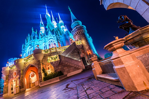 christmas travel vacation holiday color castle fountain architecture landscape lights nikon angle magic wide dream kingdom cinderella ultra 1424 d810
