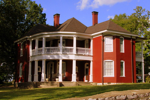 Neat old house - Lewisburg, TN