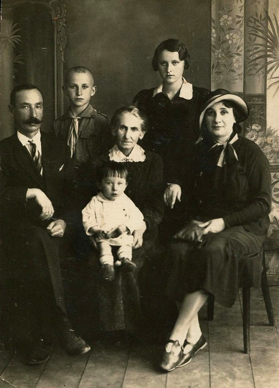 My Russian grandmother, Polish grandfather, my father at the back in 1935