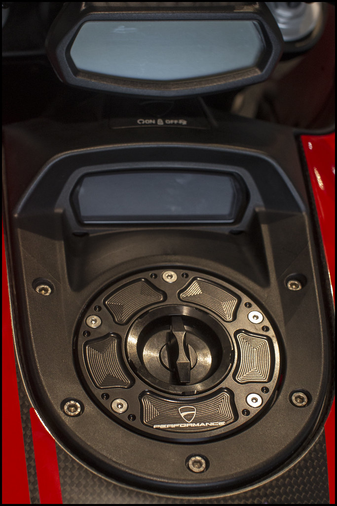 NEED HELP! LOST ALL KEYS - Ducati Diavel Forum