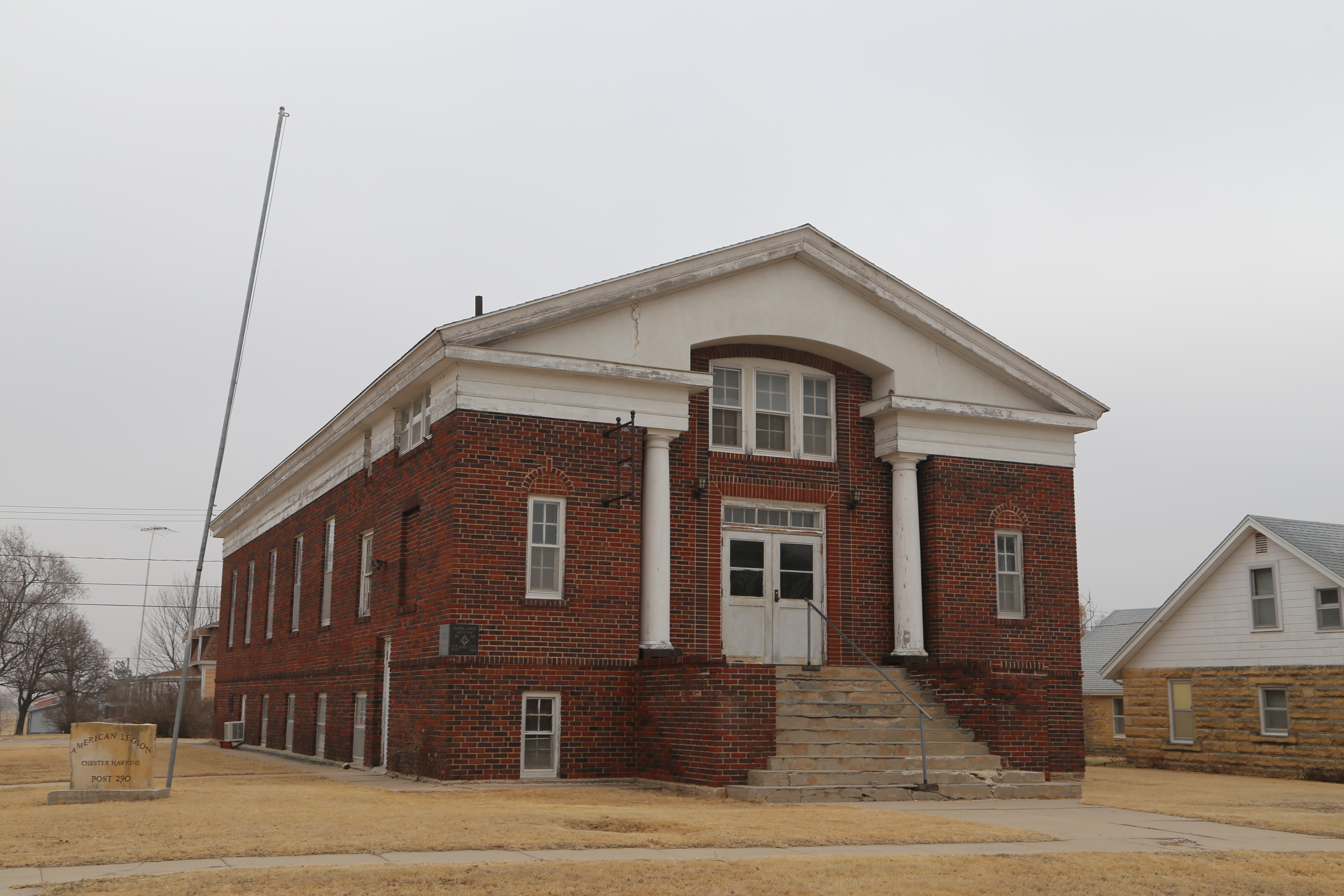 hodgeman county Location and settlement hodgeman county was organized by an act of the legislature of 1868, but was not organized until 1879 its area is 864 square miles it is twenty-four miles from north to south thirty-six miles from east to west.