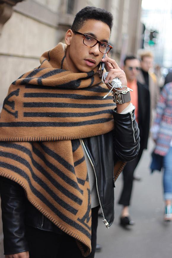 ヴィトンスカーフ+レザージャケット