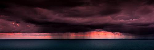 sunset seascape storm rain weather clouds dark nikon bad dramatic newcaledonia nouvellecaledonie lifou lightroom loyaltyislands d7100 nikkor18105mmf3556 provincedesiles christopheroberthervouet ilesloyalte islandsprovince